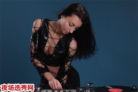 深圳KTV招聘生意最好小费最高可兼职无任务图片展示
