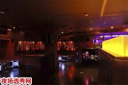 上海小费高的ktv模特招聘,仅与客人互动唱歌图片展示