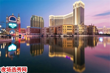 淮安最有名酒吧招聘模特--赚大钱不得不来图片展示