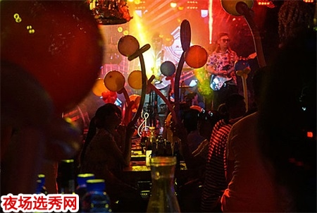 石家庄顶级夜场直招高级模特日结2000-2500 无管理费图片展示