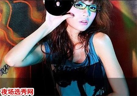 上海静安区九五皇宫KTV常年招聘保证上班率二班多多报销机票图片展示