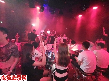 上海高端商务KTV招聘dj公主信息〖包住无费用〗图片展示