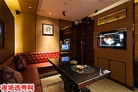 上海酒吧招聘dj公主〖上班穿自己的服装〗图片展示
