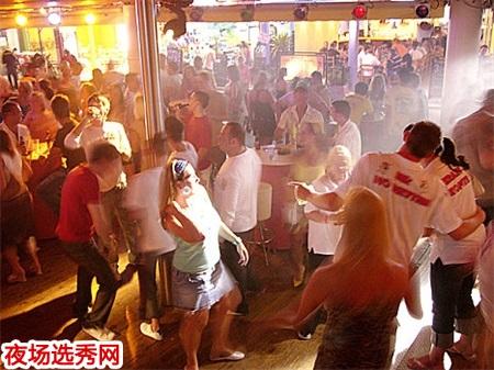 上海高端商务KTV领队直招模特佳丽〖生意最稳定〗图片展示