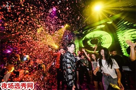 广州白云欢乐畅KTV夜场招聘模特佳丽、夜总会信息工资日结图片展示